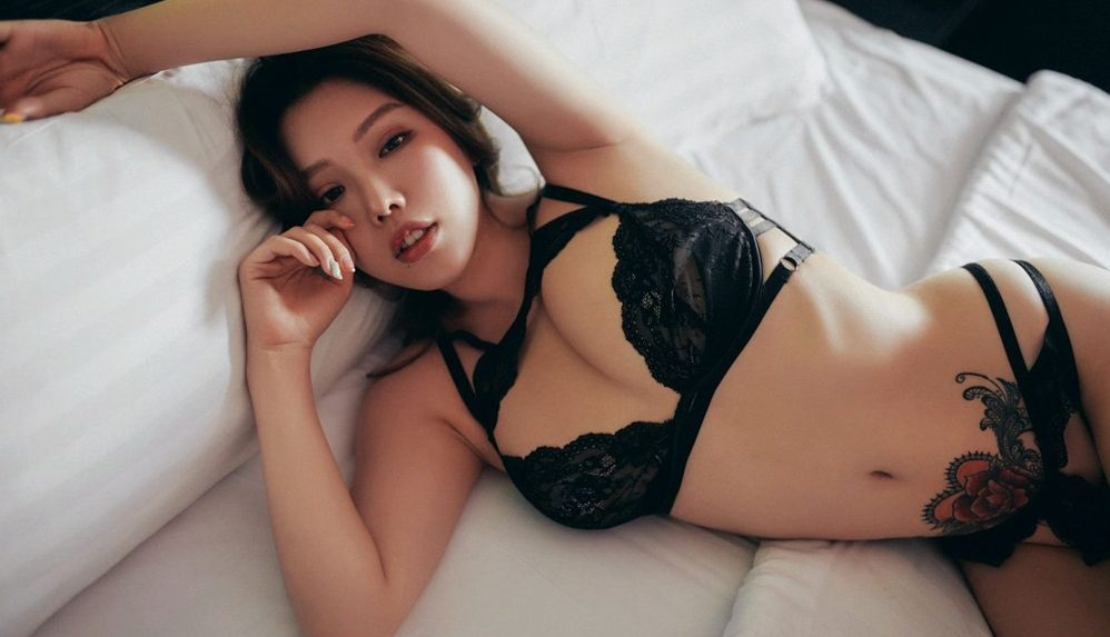 huang le ran wants to fuck so bad